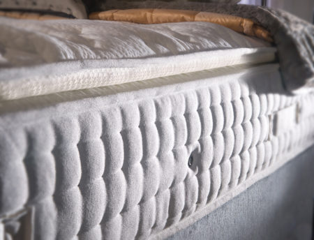 Latex pillowtop 5000 mattress close up